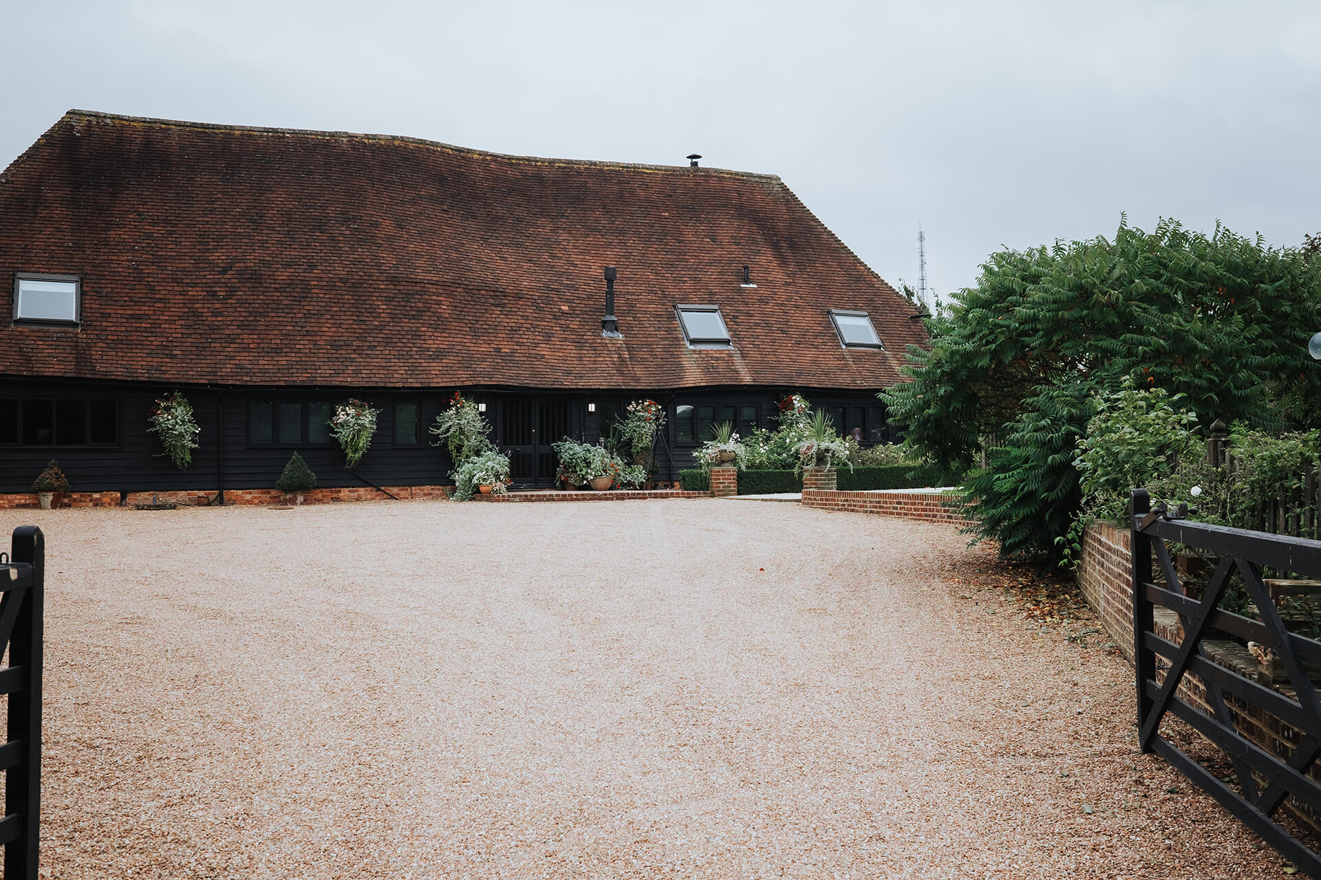The Old Kent Barn - Guest Accommodation