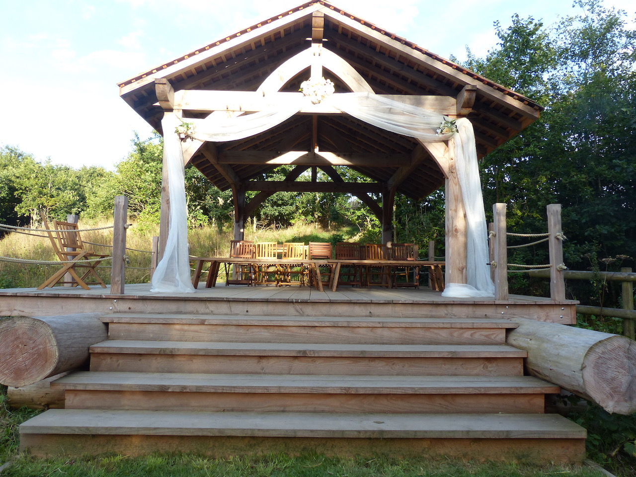 Bridesmere Bridge can seat 40 on the bridge itself for the Ceremony and further guests on hay bales or benches.