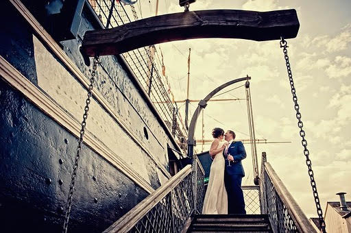 Find all the wedding boat venues.
