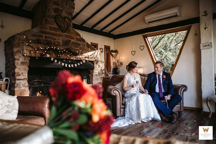 Winter Elopement Wedding in the Summer House