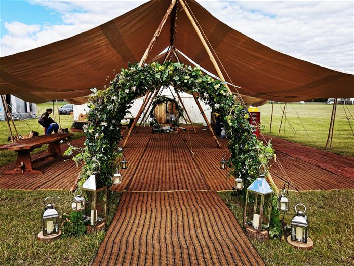 Bukuu Weddings   Rustic festival style weddings in Worcestershire